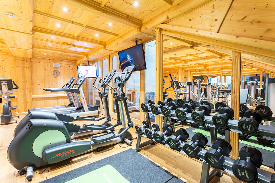 Crosstrainers and indoor-bikes - Fitness Beskydy mountains